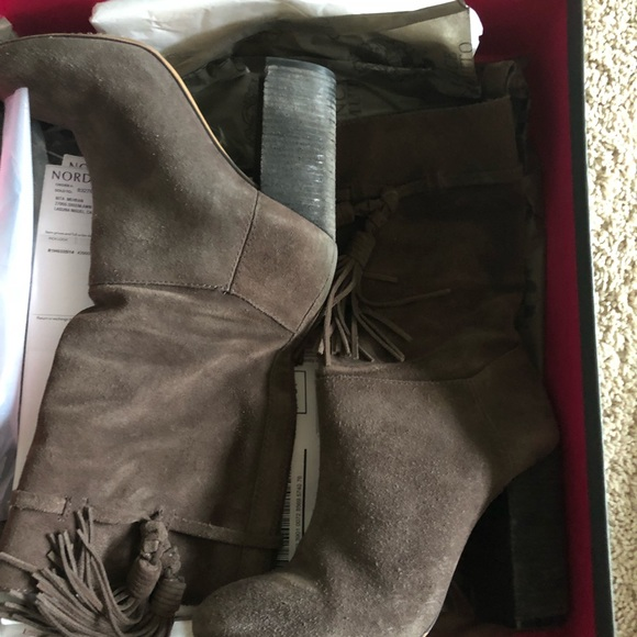 Vince Camuto Shoes - Vince Camuto suede half ankle boots